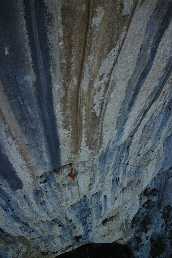 Photo: The world's finest tufa pitch - 'Tom et Je Ris'